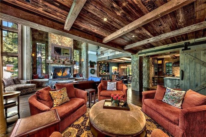 04466 a4875e5c930eaf42ec08c454efd41687w c0xd w685 h860 q80 San Francisco 49er Legend Brent Jones Selling $10.9M Tahoe Retreat