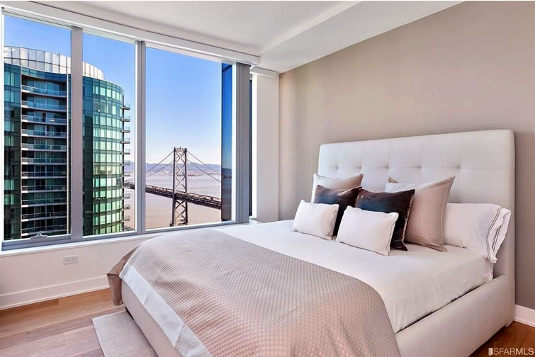 0a353 338 Main Street D35A Bedroom Reduced Rents and Pricing for a Prized View Condo
