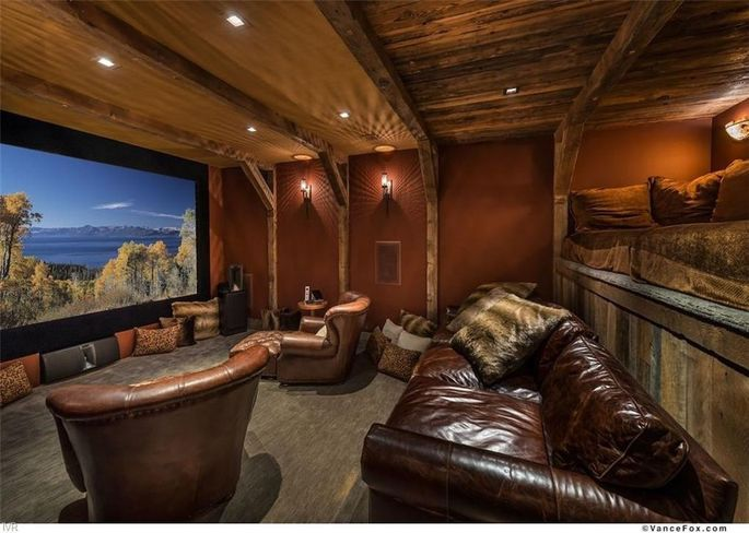 25088 81934b6b691c23cd52c7a4804c08c725w c0xd w685 h860 q80 San Francisco 49er Legend Brent Jones Selling $10.9M Tahoe Retreat