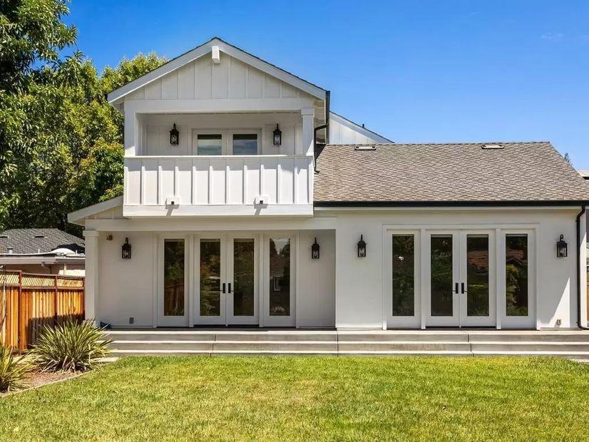 3e8e0 db529352e7237c8595083d76cc519453w c1055367062xd w826 h860 q80 Amid Controversy, Sharks Star Evander Kane Selling $3.2M San Jose Home