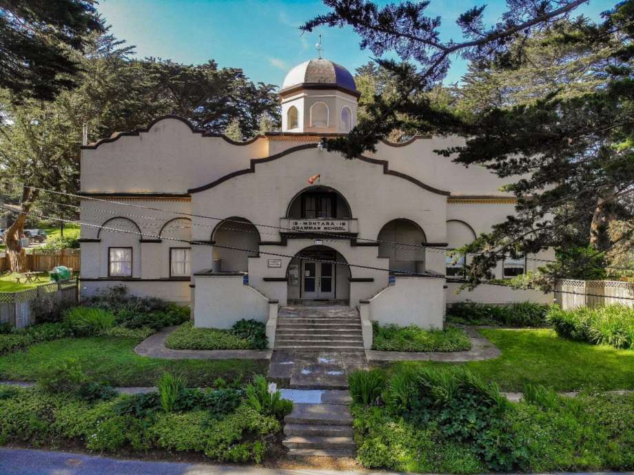 57360 920x920 Hang glider factory? Bug depository? School? Bay Area property listed for $3.1M has had many lives