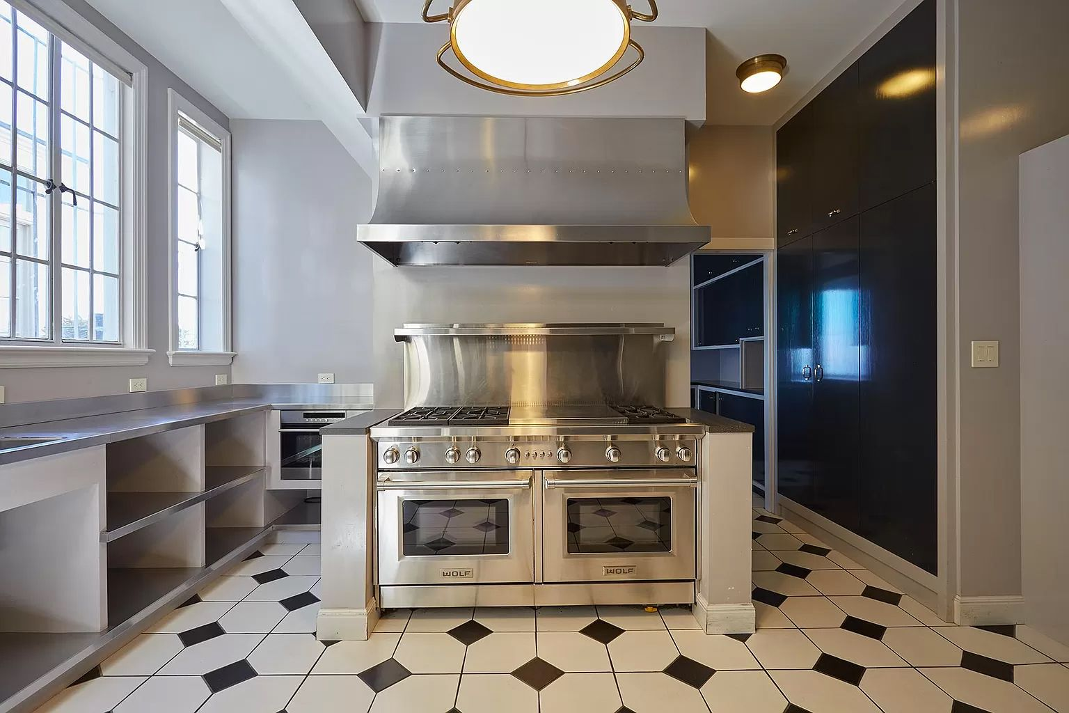 58c4d 2920 broadway kitchen Seven Bedroom Pac Heights Mansion Sets New Record for Most Expensive Home Sold In SF at $43.5M