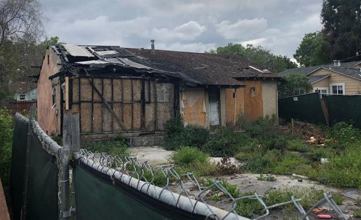 Bay Area Housing Prices Are So High, This Burnt House is Selling For $800000