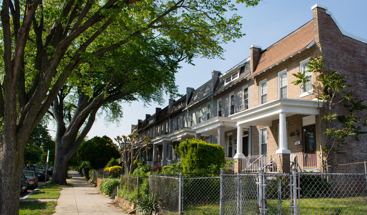 615b7 DC Bay Area rents drop, East Coast on the rise
