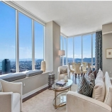 66f1f thumbs a San Francisco Giants Hunter Pence buys luxury condo in Millennium Tower