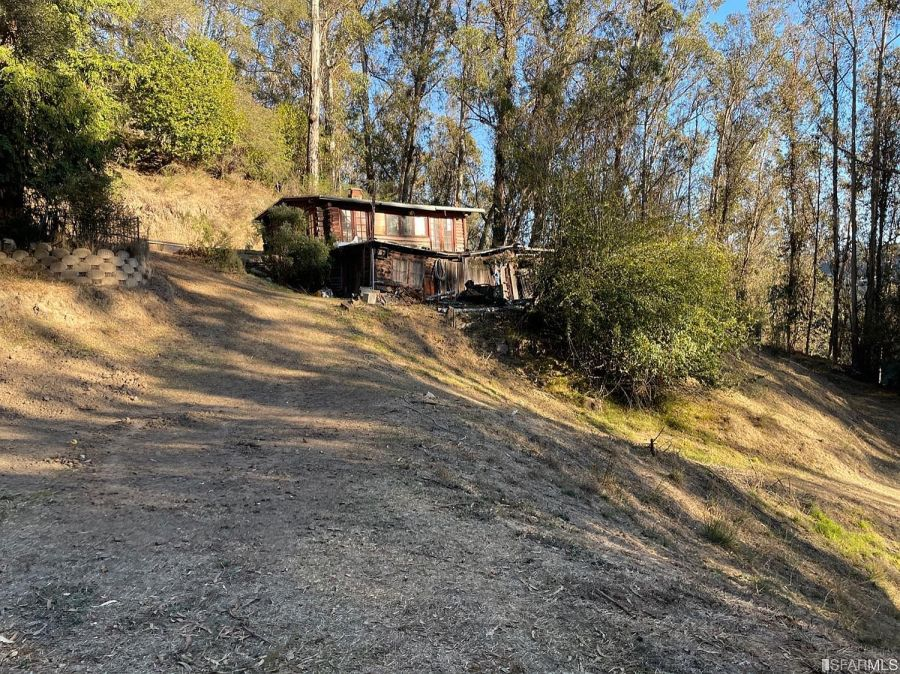 76441 91a2cfba024c5f51826e5d1b1cc37f23 uncropped scaled within 1536 1152 For sale: Bay Area log cabin hits the market for $575,000