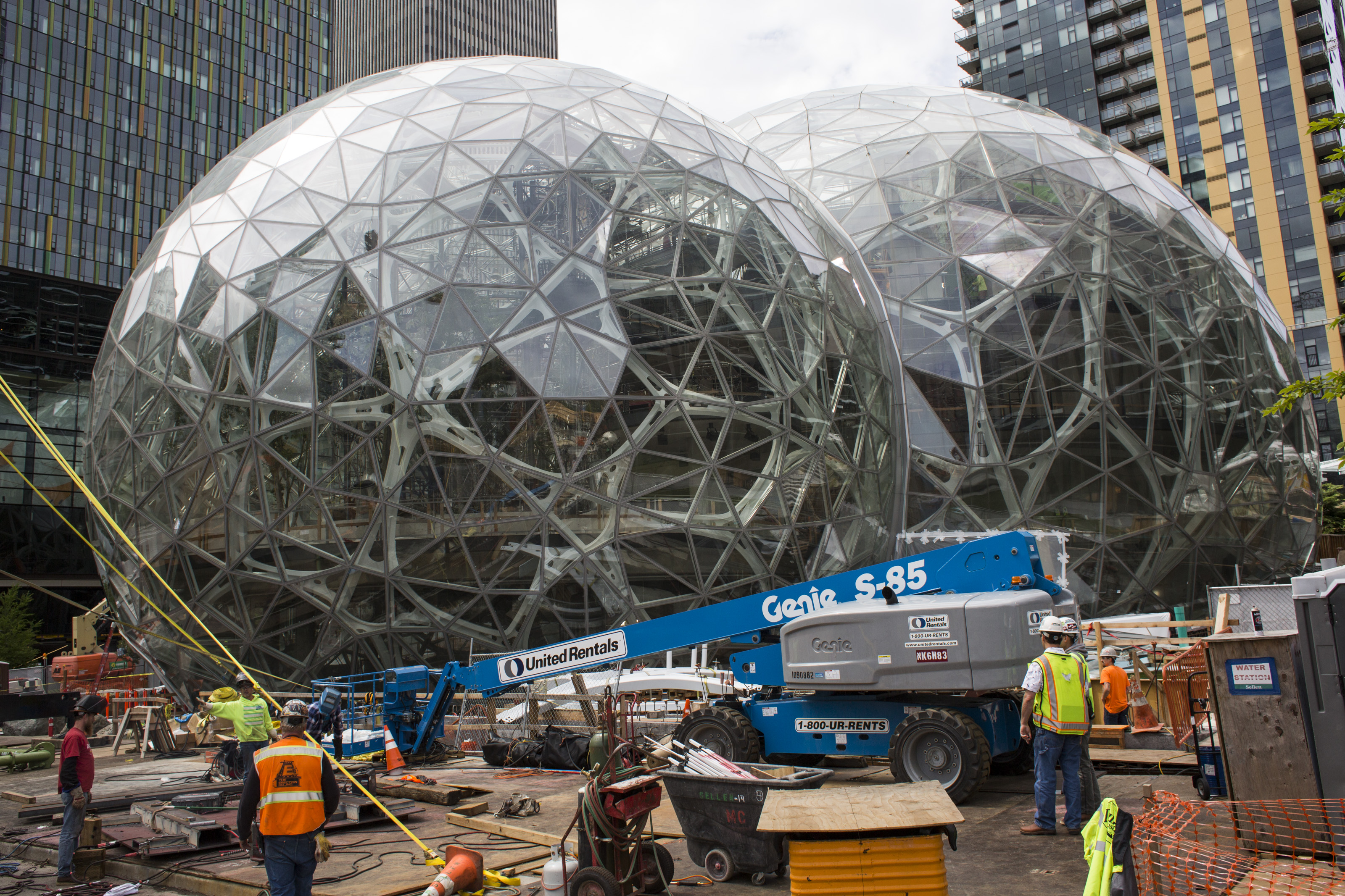 7997c 696679792 SF and several other Bay Area cities lobby for Amazon headquarters ...