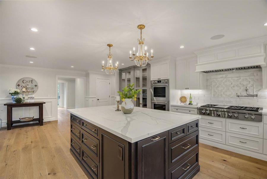 7dc72 Compass Sleeper Ave6 Another Bay Area home just sold for $1 million over asking price – and it won't be the last