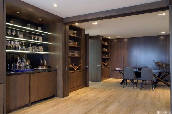 84d36 wet bar 600x398 4 Bay Area Celebrities And Their Real Estate Deals in 2016