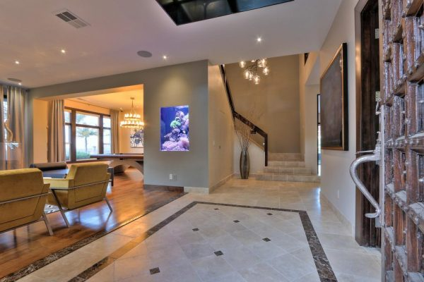 8bb66 2Q 12 600x400 SF 49er Colin Kaepernick Selling his Bay Area Home For $2.9M