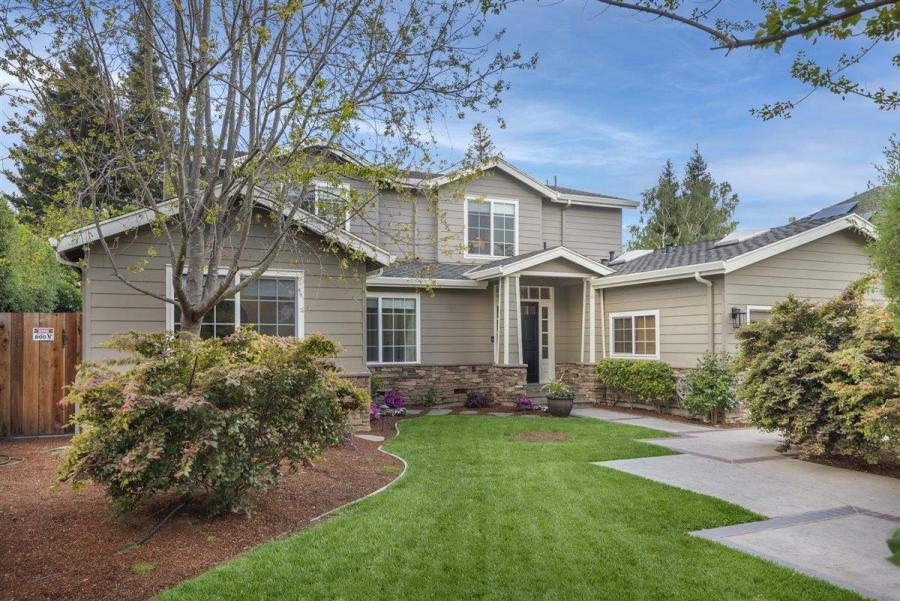 8dd32 Compass Sleeper Ave1 Another Bay Area home just sold for $1 million over asking price – and it won't be the last