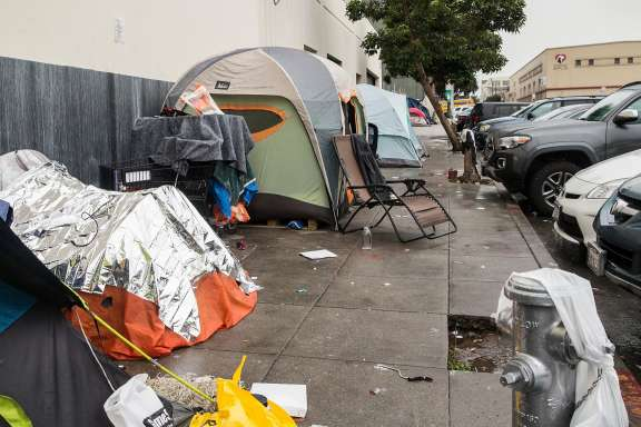 944e5 premium landscape Bay Area senators want to spend $5 billion on housing, homelessness
