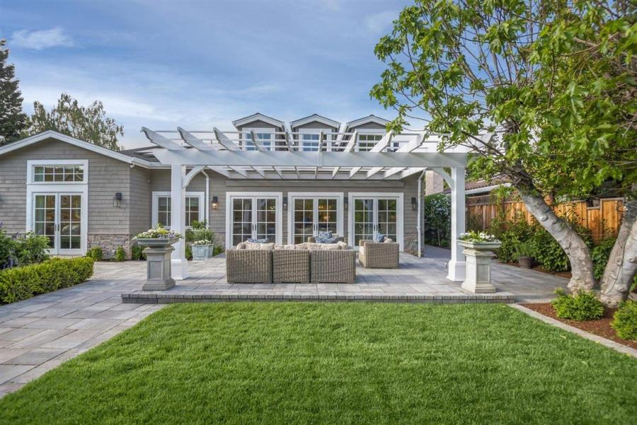d0987 Compass Sleeper Ave12 Another Bay Area home just sold for $1 million over asking price – and it won't be the last