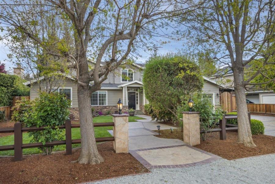 ee88f Compass Sleeper Ave Another Bay Area home just sold for $1 million over asking price – and it won't be the last