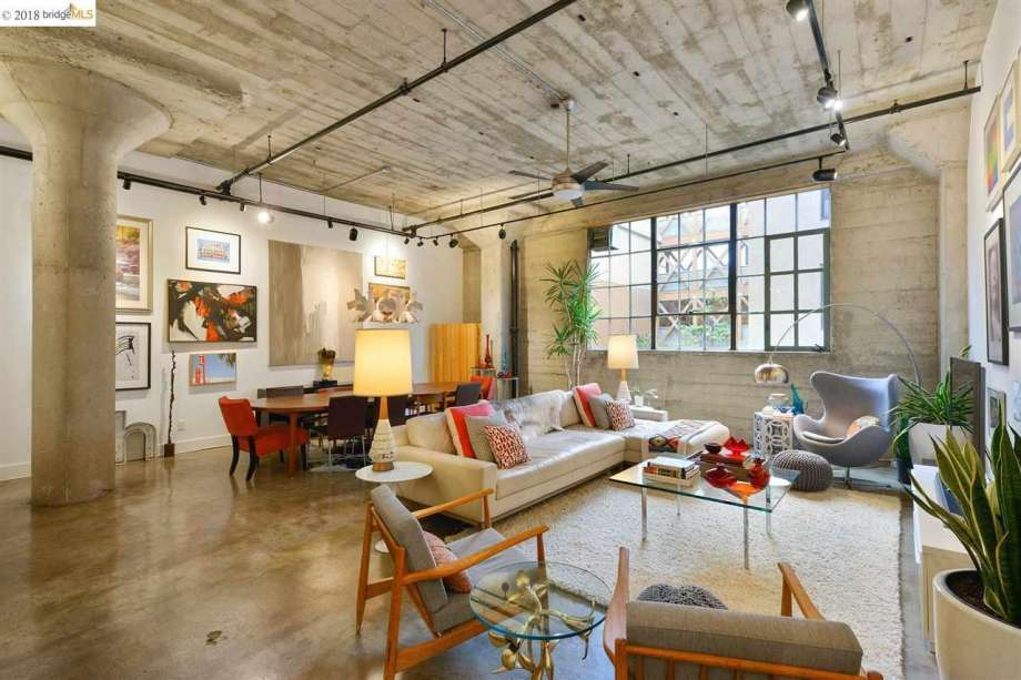 f2d19 920x920 Historic Oakland grocery converted into fab live work loft with a stay at home spa