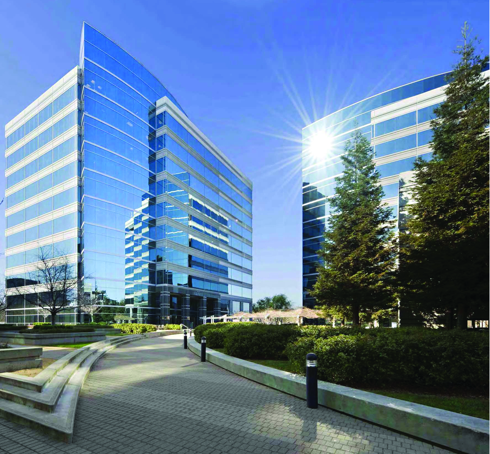 f3c5e Treat towers smallest one MetLife Snags San Franciscos Treat Towers For Reported $130M